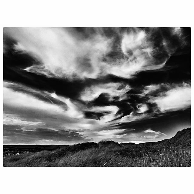Marbled skies ......#clouds #blackandwhite #sky