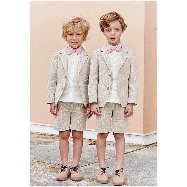 The award for THE most stylish pageboys must go to these two - Oliver & Sebastian.